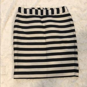 Worthington stripped pencil skirt 2p